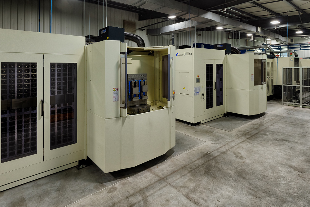 Makino module MMC2 machining center equipment with 4 bays